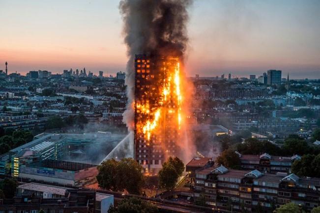 Incendio en fachada